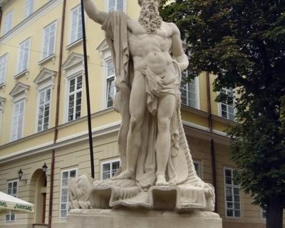 (eng) Rynok Square.Neptune